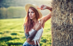 Picture girl, hat, photographer, model, tattoo, jeans, redhead, tank top, Pablo Cañas, Ninnef Nemeth