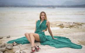 Picture beach, blonde, legs, bokeh, dress green