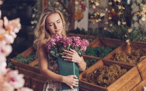 Picture girl, flowers, woman, roses, beauty, bouquet, blonde, girl, pink, white, woman, pink, flowers, beautiful, blond, …