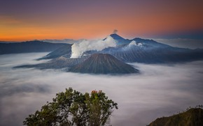 Picture clouds, fog, Indonesia, panorama, the volcano Bromo