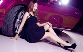 Picture auto, look, Bentley, Girls, Asian, beautiful girl, posing on the car