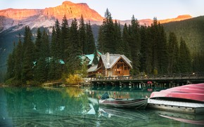 Picture house, lake, people, pier, cottage, Evgeny