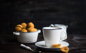 Picture table, tea, cookies, Cup, saucer, nuts
