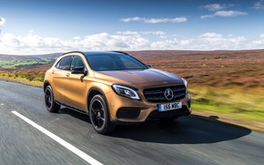 Picture Mercedes-Benz, speed, GLA, 4MATIC, 220d, 2017, AMG Line