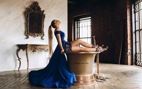 Picture Girl, interior, dress, mirror, image, legs, sitting, Nadezhda Katayeva, Svetlana Nikonova