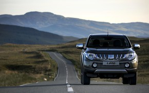 Picture road, markup, Mitsubishi, pickup, L200, 2015, the silhouettes of the mountains