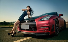 Picture auto, look, Girls, Nissan, beautiful girl, posing on the hood of the car