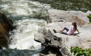 Picture girl, the sun, nature, river, rocks, for, sitting, Pennsylvania, on the rocks, Nay Aug, Scranton
