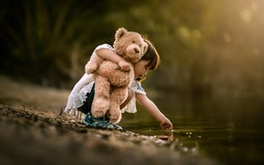 Picture water, nature, toy, bear, girl, baby, child, pond, Despird Zhang