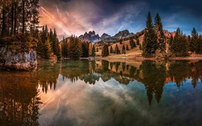Picture forest, autumn, lake, tree, moounts