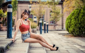 Picture girl, shorts, topic, legs, Asian, sitting