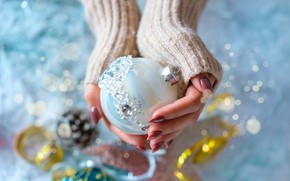 Picture winter, white, light, holiday, Shine, ball, ball, hands, rhinestones, Christmas, New year, jacket, bump, serpentine, …