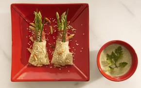 Picture plate, soup, asparagus
