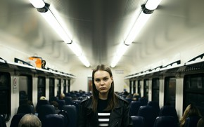 Picture girl, the car, passengers, Artur Bashirov