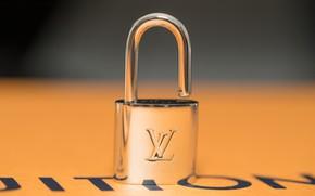 Picture metal, table, padlock