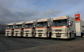 Picture trucks, Parking, Renault, Premium, tractors, Renault Trucks