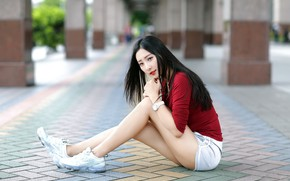 Picture street, model, sitting, bokeh