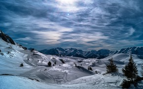 Picture winter, forest, the sky, the sun, clouds, rays, light, snow, mountains, hills, the slopes, tops, …