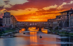 Picture sunset, bridge, river, boat, Italy, glow, Florence, The Ponte Vecchio, Arno
