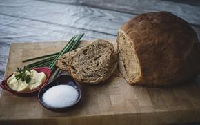 Picture oil, bread, salt