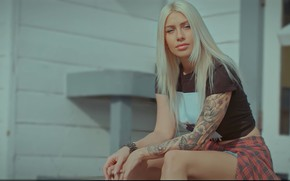 Picture girl, california, eyes, model, pretty, tattoo, blonde, pose, charliehgl