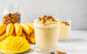 Picture Breakfast, bananas, mango, nuts, Smoothie
