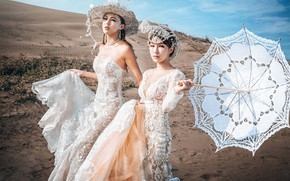 Picture look, style, girls, white, two, hat, umbrella, dress, in white, Asian girls, friend, ladies