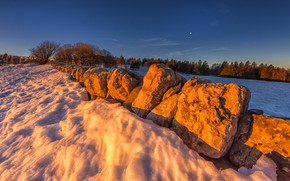 Picture winter, field, forest, light, snow, stones, the evening, boulders