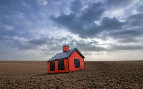 Picture the sky, house, desert