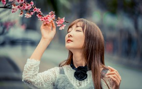 Picture girl, branch, Asian, flowers, bokeh