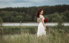 Picture girl, nature, pose, back, bouquet, dress, brunette, the bride, Vladimir Vasiliev