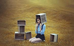 Picture field, girl, box