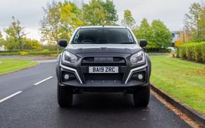 Picture road, front, pickup, Isuzu, D-Max, 2019, UK version, XTR