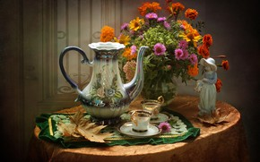 Picture autumn, leaves, bouquet, Cup, figurine, pitcher, marigolds, asters