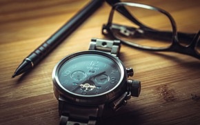 Picture watch, glasses, handle