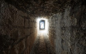 Picture light, the tunnel, the basement