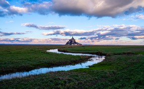 Picture the sky, grass, water, clouds, France, island, horizon, fortress, Mont-Saint-Michel, Mont Saint Michel