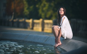 Picture girl, fountain, legs, in white, bokeh, knees, Laws