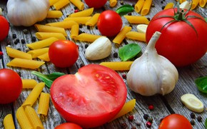 Picture Tomatoes, garlic, pasta