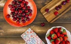 Picture berries, strawberry, fresh, wood, cherry, ripe, cherry, strawberry, berries