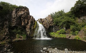 Picture stones, vegetation, waterfall, pond, ICELAND