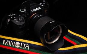 Picture the camera, lens, Minolta A9
