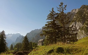 Picture the sky, trees, mountains, house