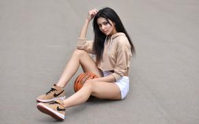 Picture girl, the ball, brunette, Playground, basketball, Maxim Romanov, Kira Petrov
