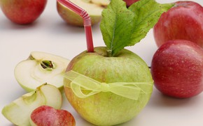 Picture apples, bow, slices