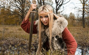 Picture Girl, Forest, Fur, Sword, Tatiana Finko