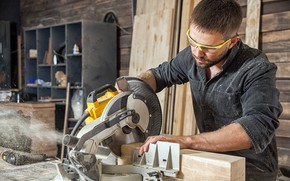 Picture wood, carpenter, circular saw