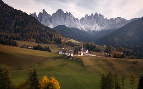 Picture autumn, landscape, mountains, nature, home, village, Italy, Church, forest, meadows, The Dolomites, Santa Maddalena, Georgi …