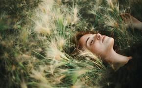 Picture girl, freckles, in the grass, Asya Molochkova