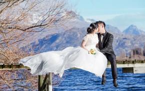 Picture landscape, kiss, bouquet, East, the couple